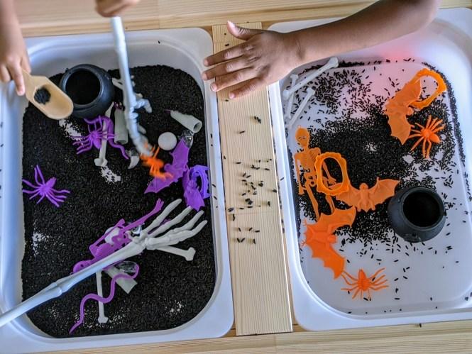 super simple Halloween sensory tray for kids