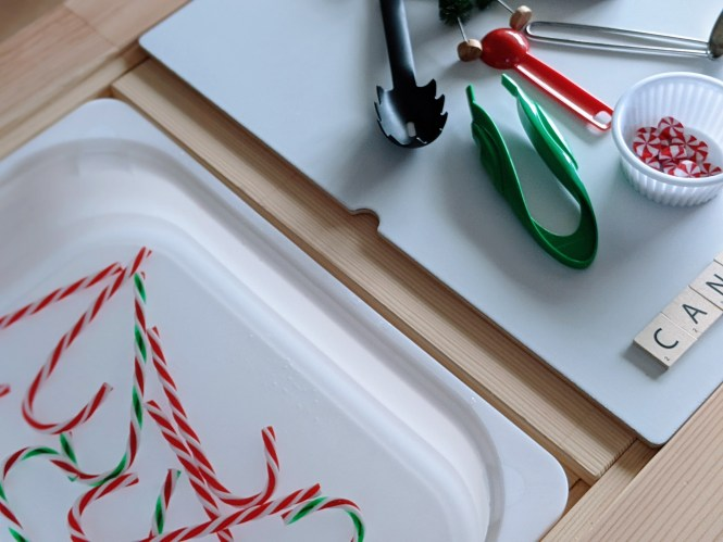 candy cane water play sensory activity