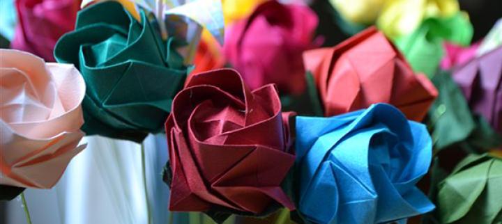 4-rosas-de-papel