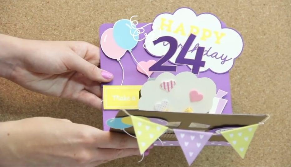 Hacer una tarjeta de cumpleaños para una amiga especial