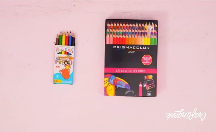 útiles escolares colores