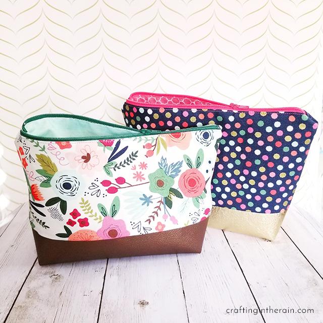 Cricut Cosmetic Bag Tutorial Crafting In The Rain