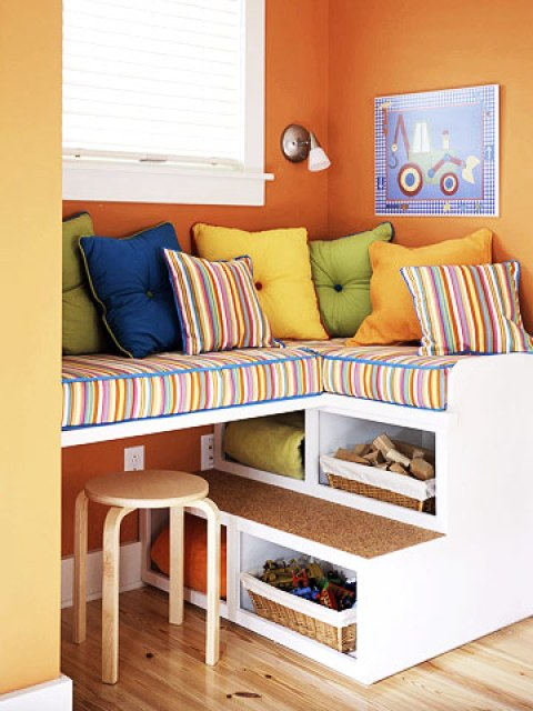 DIY-reading-nook-everything-orange-diy-best-ideas