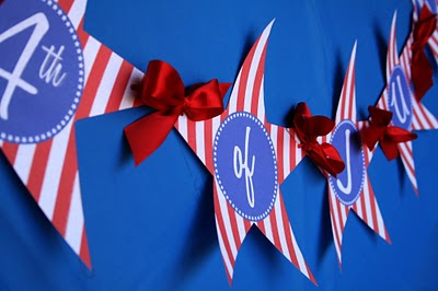 july-4-stripes-banner