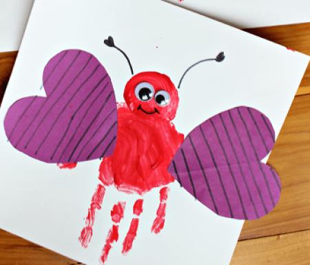 HANDPRINT-love-bug-valentine-craft-for-kids