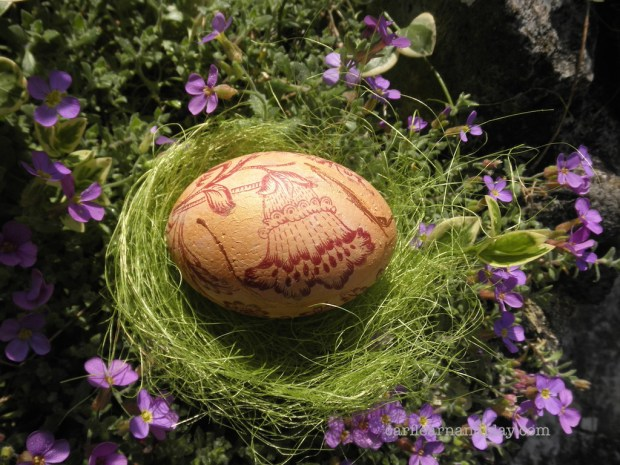 Easter-styrofoam-egg-decoupage