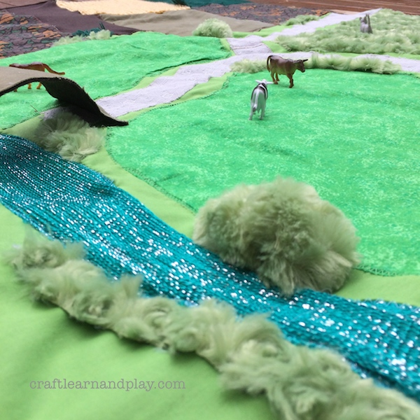 Farm play mat DIY