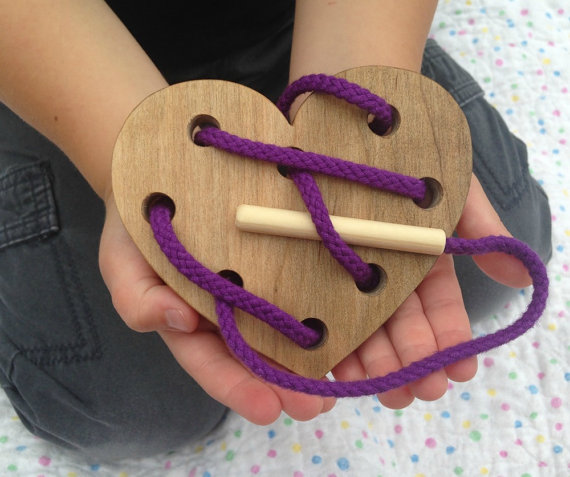 wooden-lacing-toy