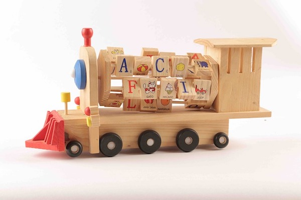 learning-toys-for-3-year-olds-that-promote-creativity