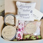 10 The Best Unique Gifts For Mom