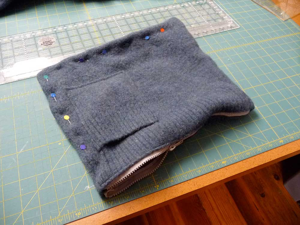 sweater-bag-pinned