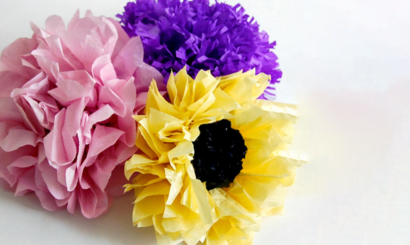 3 Easy Designs of Crafts Out Otissue Paper How To Make Paper Flowers A Tutorial