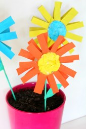 Crafts With Paper For Kids How To Make Paper Flowers For Kids With Toilet Paper Rolls