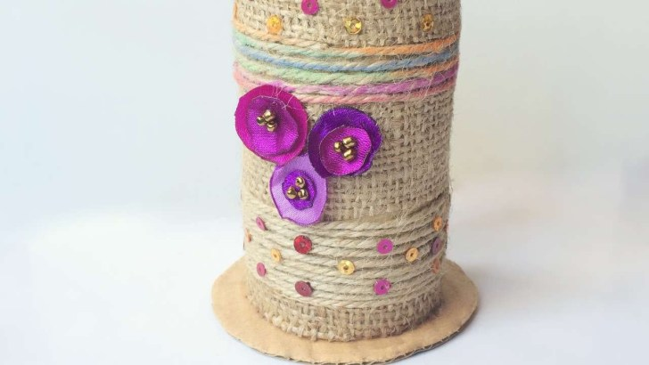 Crafts with Paper Towel Rolls That Turn Unused Rolls into A Valuable Thing