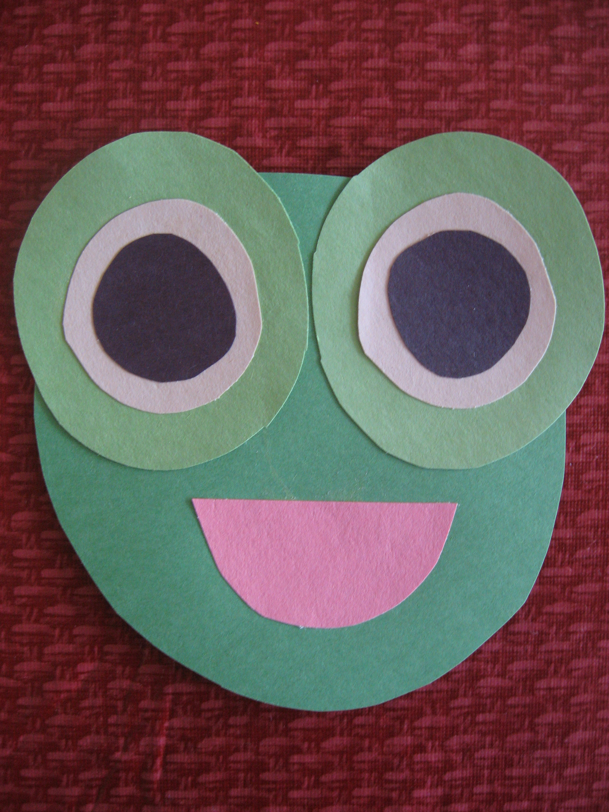 Simple and Cute Construction Paper Crafts for Kids Circle Frog Kiddie Crafts 365 Blog