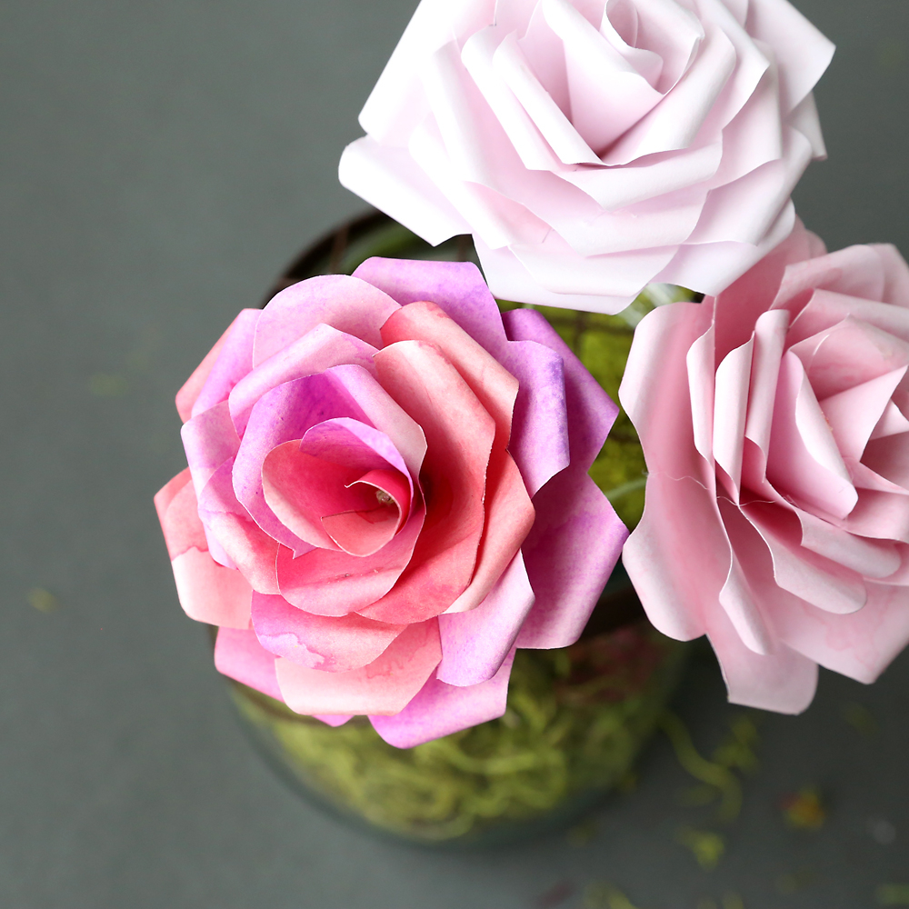 Simple Crafts Using Paper to Add New Accessory at Home How To Make Gorgeous Paper Flowers 20 Diy Flower Tutorials