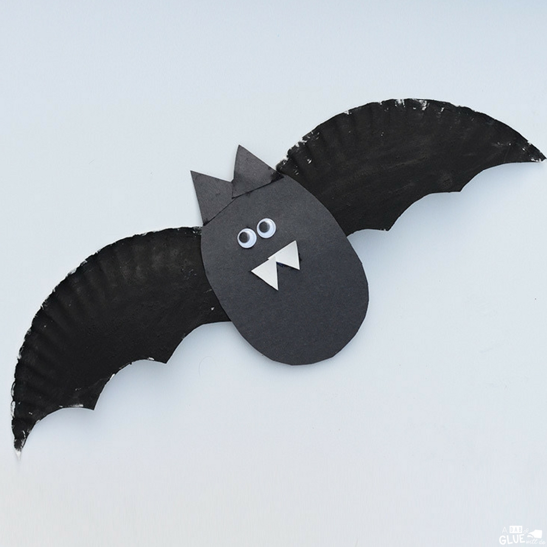 Simple Crafts Using Paper to Add New Accessory at Home Paper Plate Bat Craft