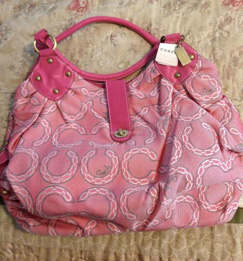 Counterfeit Coach purse