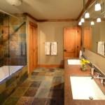 Bath with Infinity Tub on Main Floor – The Craftsman Lodge