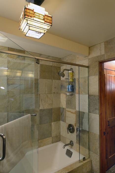 Shower/Tub Lower Level - The Craftsman Lodge