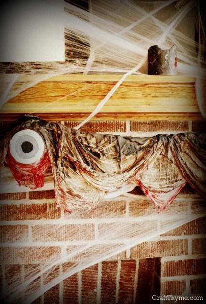 Evil eye and rotting flesh garland