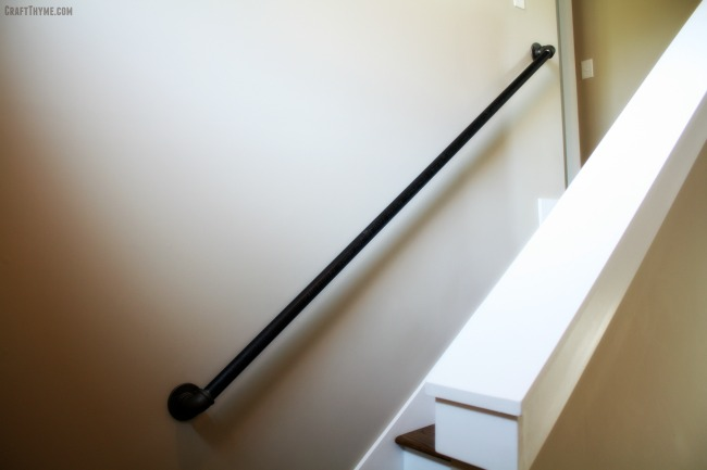 Tutorial on creating iron pipe curtain rods and pipe bannisters