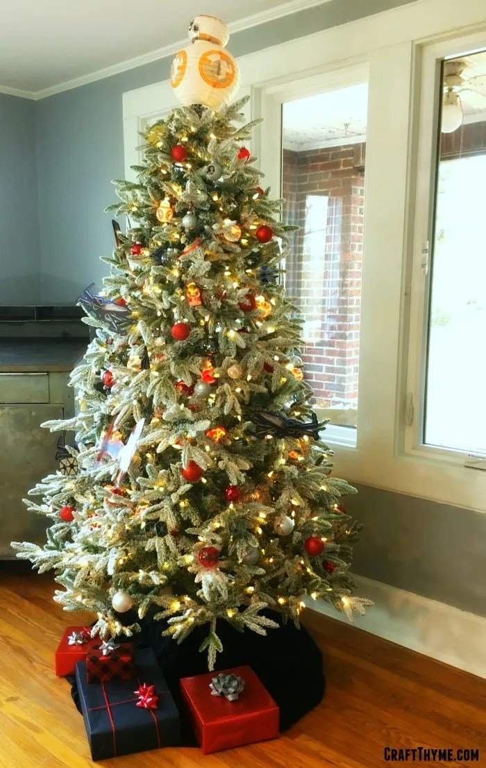 DIY advice and tutorial links on how to make your own Star Wars Christmas Tree