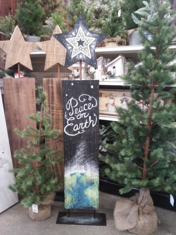 Peace on Earth Sign, chalkpaint, chalk, bistromarkers Decoart paint