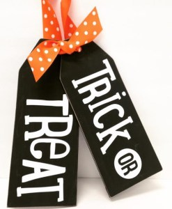 Wood Tags Trick-or-treat