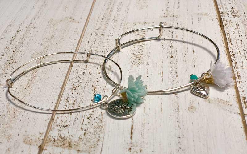 Adjustable Bangle Bracelet w/Charm