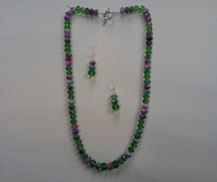 Beading 101 - Necklace & Earrings @ Beaverton Location | Beaverton | Oregon | United States