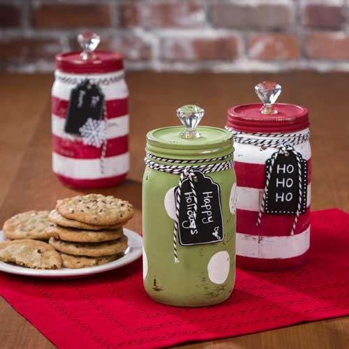 Holiday Chalk Paint Mason Jars