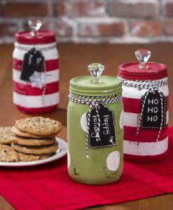 Holiday Chalk Paint Mason Jars