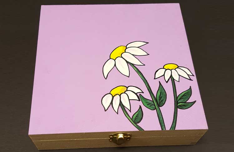 Happy Hour - Daisy Keepsake Box @ Gresham Location | Gresham | Oregon | United States