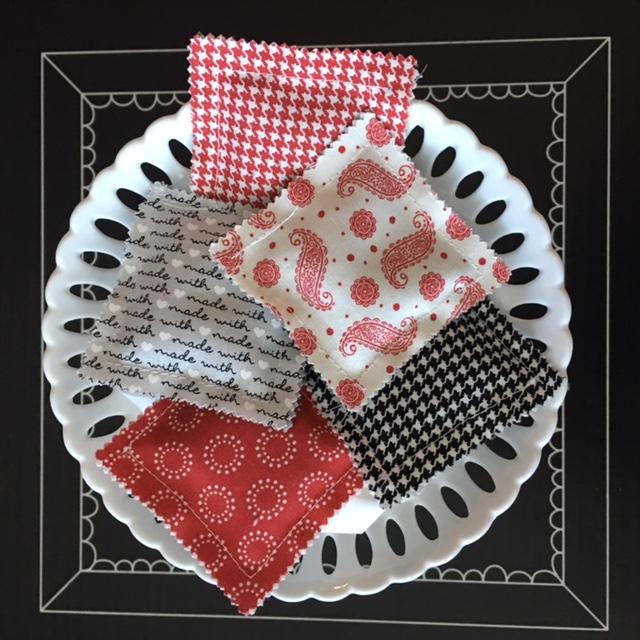 moda mini charm pack fabric