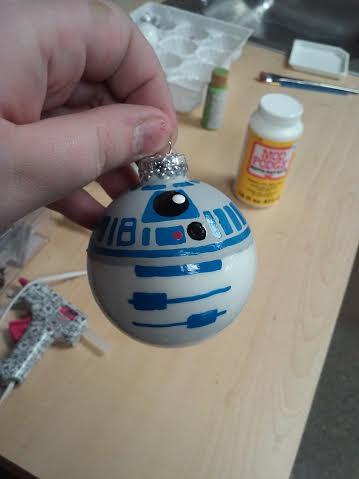 Star Wars R2D2 Ornament decoart acrylic paint