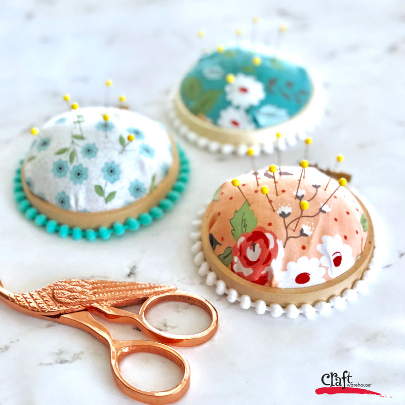 Make this Embroidery Hoop Pincushion