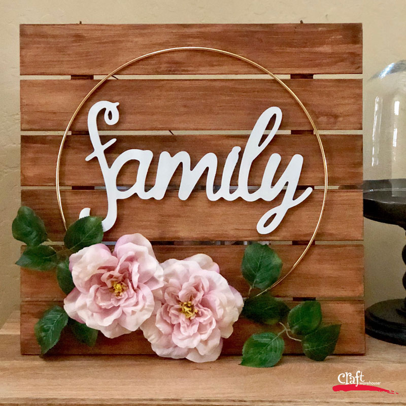 Make this Family Hoop Wreath Sign
