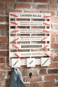 Laundry Rules Pallet sign