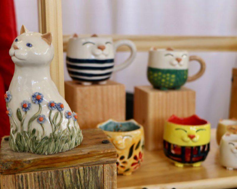 Happy Kitty Ceramics - 10 CatCon Creators #craftychica #catcon #catcrafts #catmakers