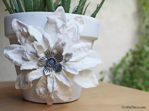 plaster-dipped flower craft