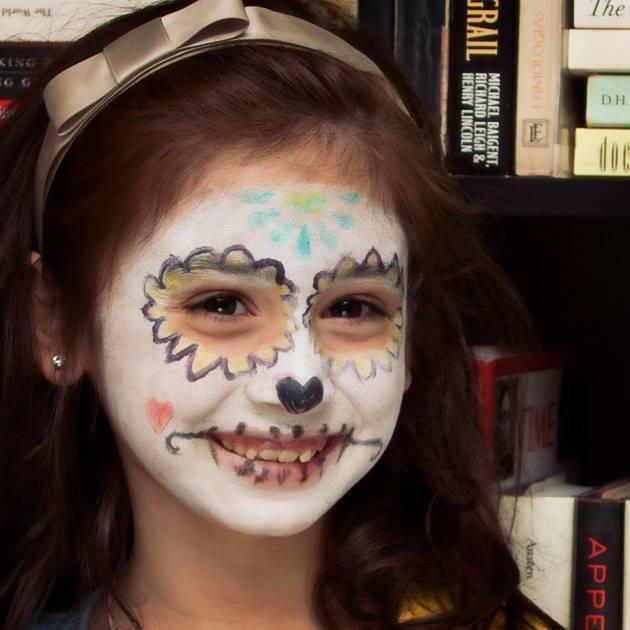 Facepainting by Trinkets in Bloom