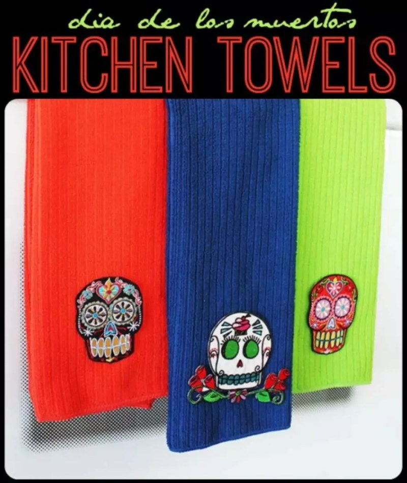 Jennifer Priest of Hydrangea Hippo made these super cute towels using the Crafty Chica appliqués!