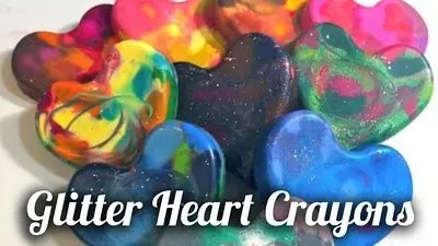 How to make glittered heart crayons, craftychica.com