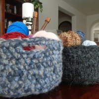 DIY - T-shirt yarn (tarn) crochet and knitted baskets