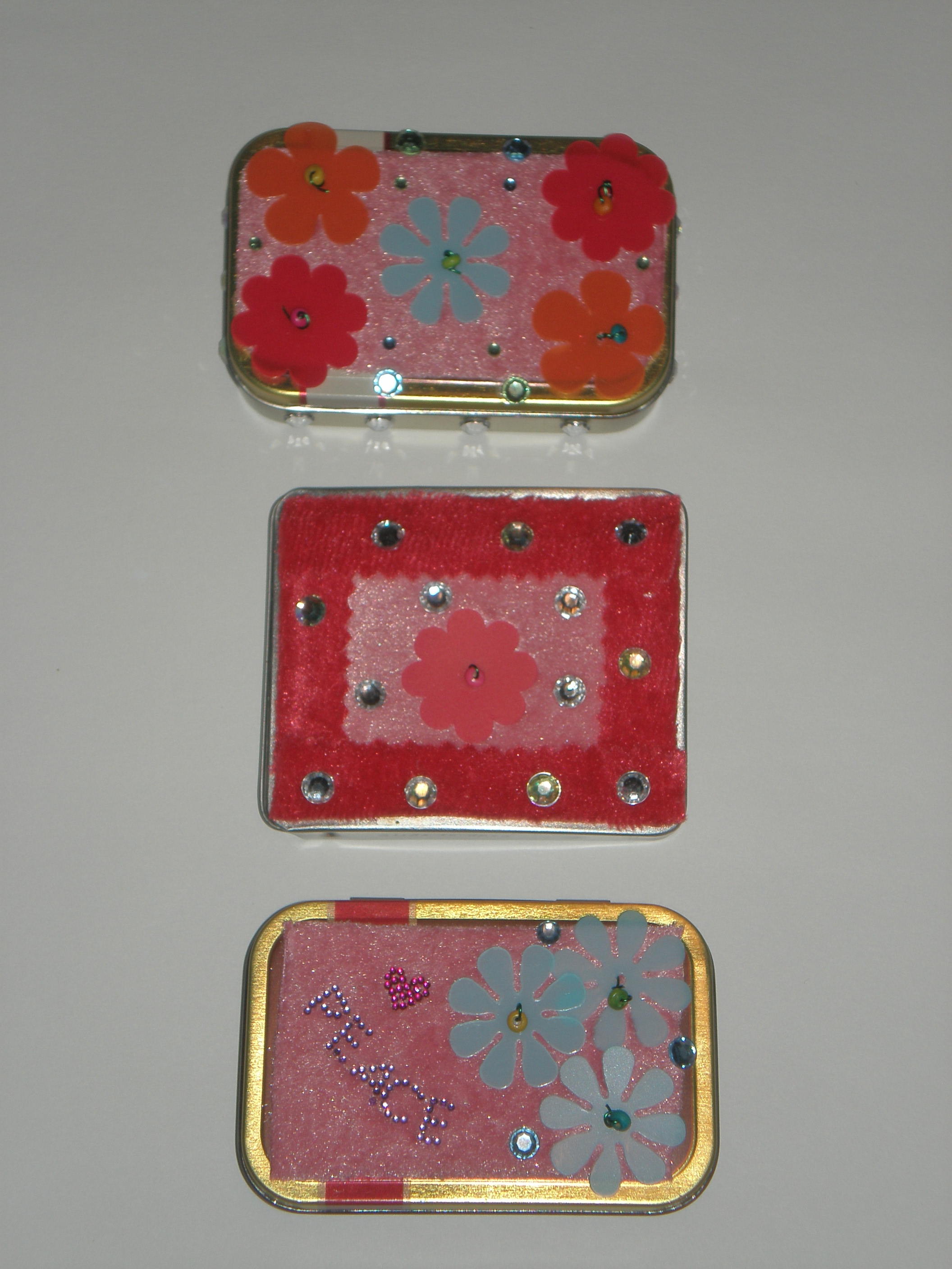 altoid and hint mint boxes