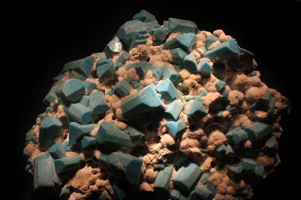 amazonite crystals for abundance and prosperity