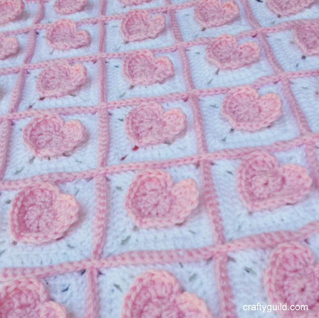 3D Heart Granny Square Baby Blanket - Free Crochet Pattern