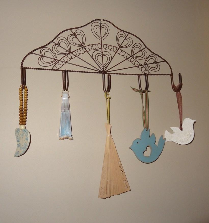 Hang hearts, birds or fans on coat hanger