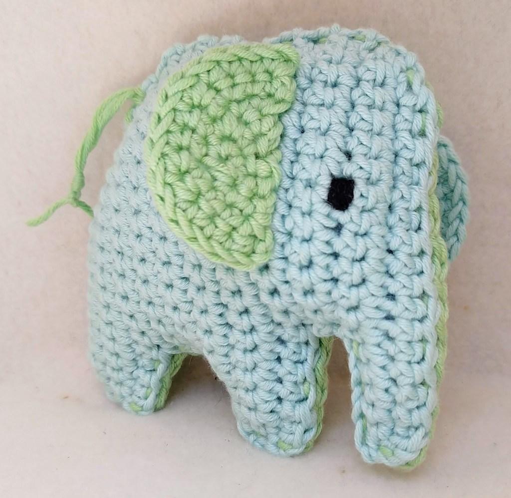 Baby Elephant Crochet Applique Pattern • Kerri's Crochet | 998x1024
